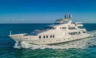 I Love This Boat yacht charter Christensen Motor Yacht