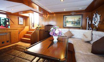 Arabella yacht charter Unknown Motor/Sailer Yacht