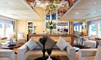 Intender yacht charter Austal Motor Yacht