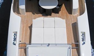 Ginevra yacht charter Tecnomar Motor Yacht