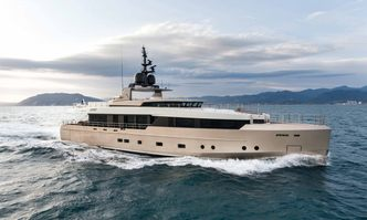 Safe Haven yacht charter Tecnomar Motor Yacht