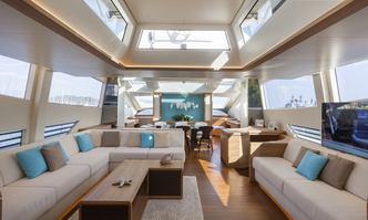 55 Fiftyfive yacht charter Cerri Cantieri Navali Motor Yacht