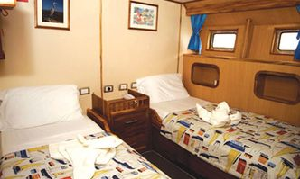 Tip Top II yacht charter Unknown Motor Yacht