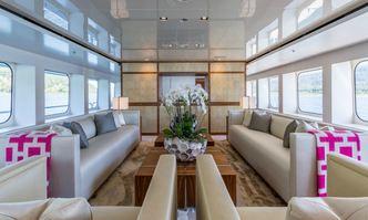 Chasseur yacht charter Christensen Motor Yacht