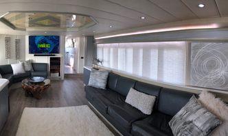 Runaway yacht charter Azimut Motor Yacht