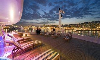 Lauren L yacht charter Cassens-Werft Motor Yacht
