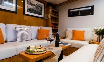 Quinta Santa Maria yacht charter Compositeworks Sail Yacht