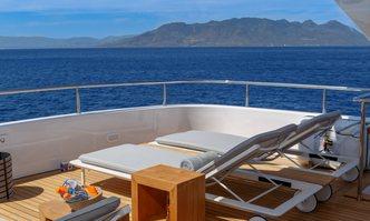 Shooting Star yacht charter Cantieri di Pisa Motor Yacht