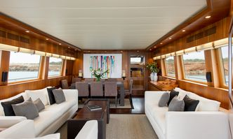 Lex yacht charter Maiora Motor Yacht
