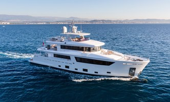 Narvalo yacht charter Cantiere Delle Marche Motor Yacht