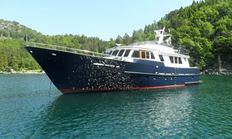 Muckel yacht charter Leeraner Germany Motor Yacht