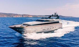 Oval yacht charter Cantieri di Pisa Motor Yacht