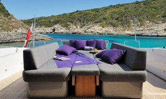 Something About Meri yacht charter Overmarine Motor Yacht