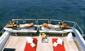 Wheels I yacht charter Horizon Motor Yacht