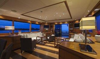 Cappuccino yacht charter Castagnola Motor Yacht