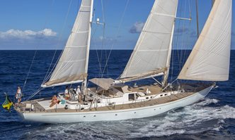 Wisdom yacht charter CNL - Cantieri Navali Lavagna Sail Yacht