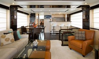Valere yacht charter Azimut Motor Yacht