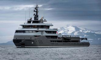 Ragnar yacht charter Royal Niestern Sander Motor Yacht