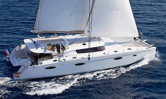 World's End yacht charter Fountaine Pajot Motor/Sailer Yacht