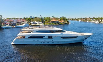 LoveBug yacht charter Sanlorenzo Motor Yacht