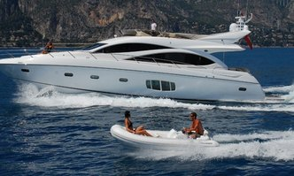 Truce yacht charter Sunseeker Motor Yacht