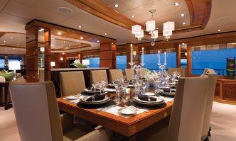 Impromptu yacht charter Trinity Yachts Motor Yacht