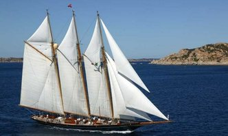 Shenandoah yacht charter Townsend & Downey Sail Yacht
