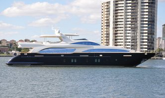 Vivere yacht charter Azimut Motor Yacht