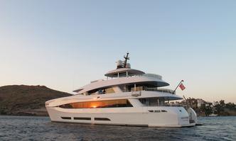 Quaranta yacht charter Curvelle Motor Yacht