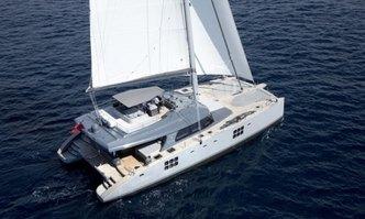 Roleeno yacht charter Sunreef Yachts Motor/Sailer Yacht