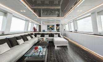 Sands yacht charter Maiora Motor Yacht