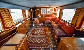 Entrancer yacht charter Custom Motor Yacht