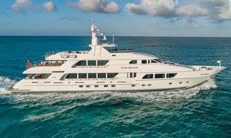 Carte Blanche yacht charter Christensen Motor Yacht