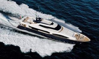 Lady Dia yacht charter Custom Line Motor Yacht