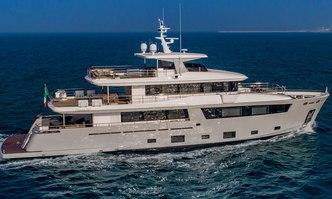Mimi la Sardine yacht charter Cantiere Delle Marche Motor Yacht