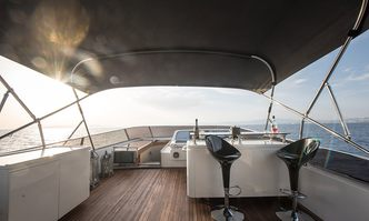Salty yacht charter Spertini Alalunga Motor Yacht