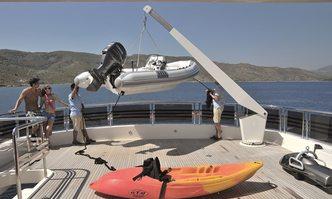 Espresso yacht charter Horizon Motor Yacht