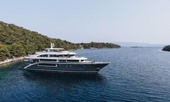 Lady Eleganza yacht charter Custom Motor Yacht