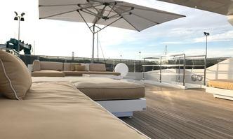 Villa sul Mare yacht charter Tecnomar Motor Yacht