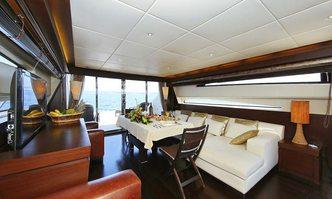 Dream On yacht charter Tecnomar Motor Yacht