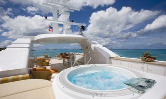 Perle Bleue yacht charter Hakvoort Motor Yacht