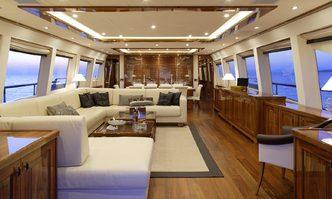 Dragon yacht charter Couach Motor Yacht