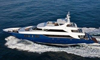 Ipanemas yacht charter Tecnomar Motor Yacht