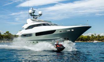 Legenda yacht charter Mondo Marine Motor Yacht