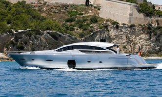 Halley yacht charter Pershing Motor Yacht