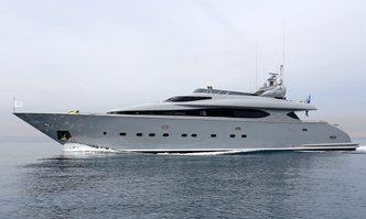IF yacht charter Maiora Motor Yacht