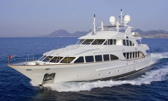 Mamma Mia yacht charter Benetti Motor Yacht