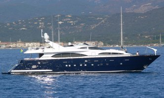 Medusa yacht charter Azimut Motor Yacht