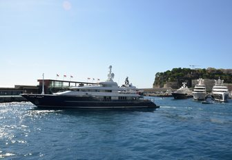 All the action from the Monaco Yacht Show 2018 so far photo 10