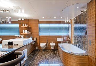 luxe en-suite bathroom on board charter yacht 'Silver Fast'